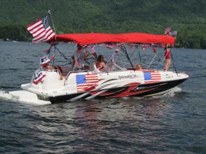 4th of July boat kampersville